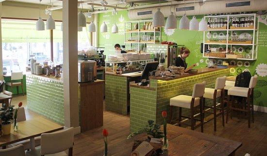 barista-cafe-lisse